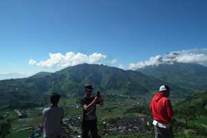 budget backpacker ke Dieng